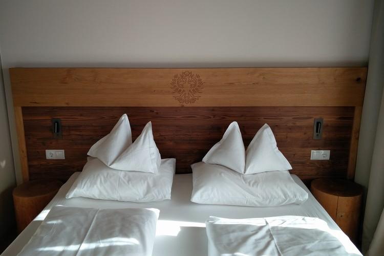 Letto matrimoniale suite hotel Autentic Adler Rasun di Sotto Anterselva