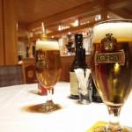 Birra in attesa della pizza nella pizzeria da Willy ad Anterselva