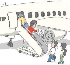 Anziana cinese lancia monetine nel motore dell'aereo per scaramanzia