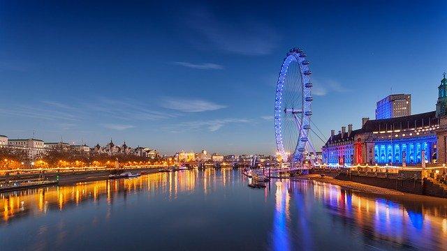 London Eye ruota panoramica sul Tamigi