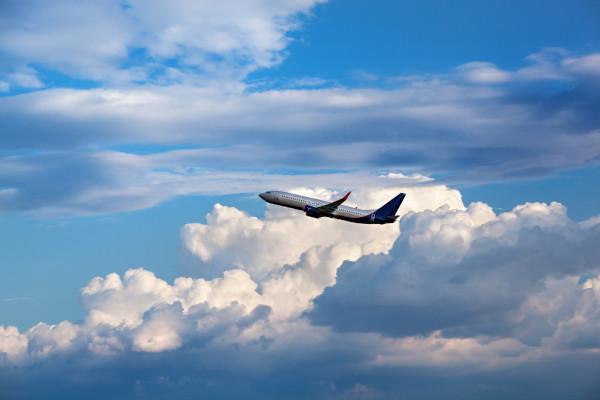 Viaggiare in aereo ha un grosso impatto ambientale