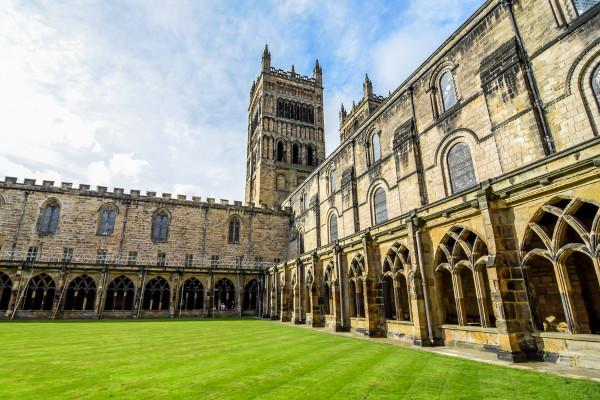 Cortile della cattedrale Durham