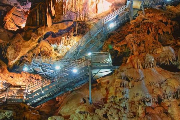 Grotta di Su Mannau