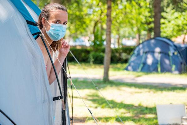 Campeggio con mascherina vacanza in Croazia